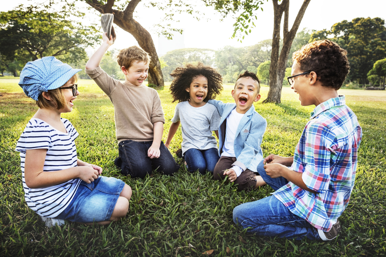 7 Jocs Infantils A L Aire Lliure Que Combinen Diversió I Aprenentatge
