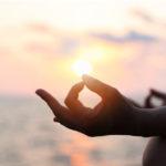 Tècniques de relaxació mental: beneficis i exemples per a practicar-ho