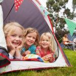 Anar de càmping amb els nens: com planejar les millors vacances