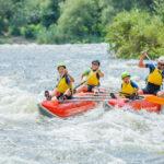 Vacaciones de aventura en familia: 5 actividades para los más valientes