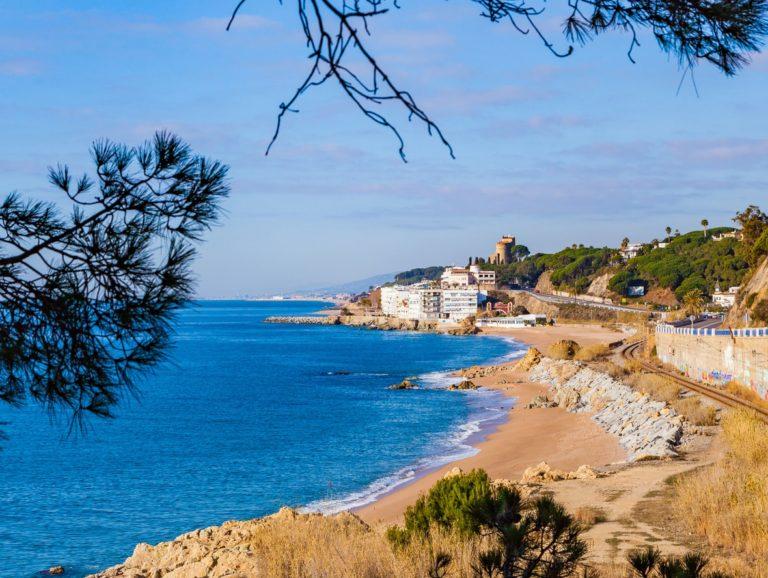 pueblos costeros cataluña